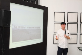 The artist Anthony Haughey gives a presentation about his work