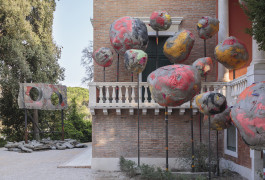 Installation view, folly, Phyllida Barlow, British Pavilion, Venice, 2017. Photo: Ruth Clark © British Council. Courtesy the artist and Hauser & Wirth