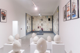 Installation view of David Shrigley: Lose your Mind at Museo De Arte Contemporaneo, Chile, Santiago, 2016