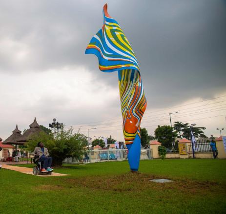 Yinka Shonibare: Wind Sculpture VI. Photo © Red Media