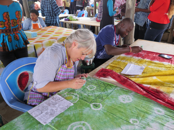Artist Laura Aldridge travelled to Nigeria in September 2015 to participate in textile and printmaking workshops in Abuja