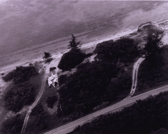 ARIEL VIEW OF TEIGNMOUTH ELECTRON, CAYMAN BRAC 16TH OF SEPTEMBER 1998